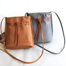 Leather handbags are PU New England College of Feng Shui wash bucket bag leather bag retro fashion small Crossbody bag