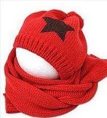Розничная, комплект из шапки и шарфа для малышей, шерстяная шапка и шарф для малышей, зимняя детская шапка, вязаные шапки со звездой, вязаная шапка для детей - Цвет: red