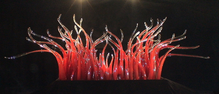 Contemporary Type Beautiful Designed Hand Blown Glass Sculpture Red Color Dale Chihully Style Murano Glass Sculpture