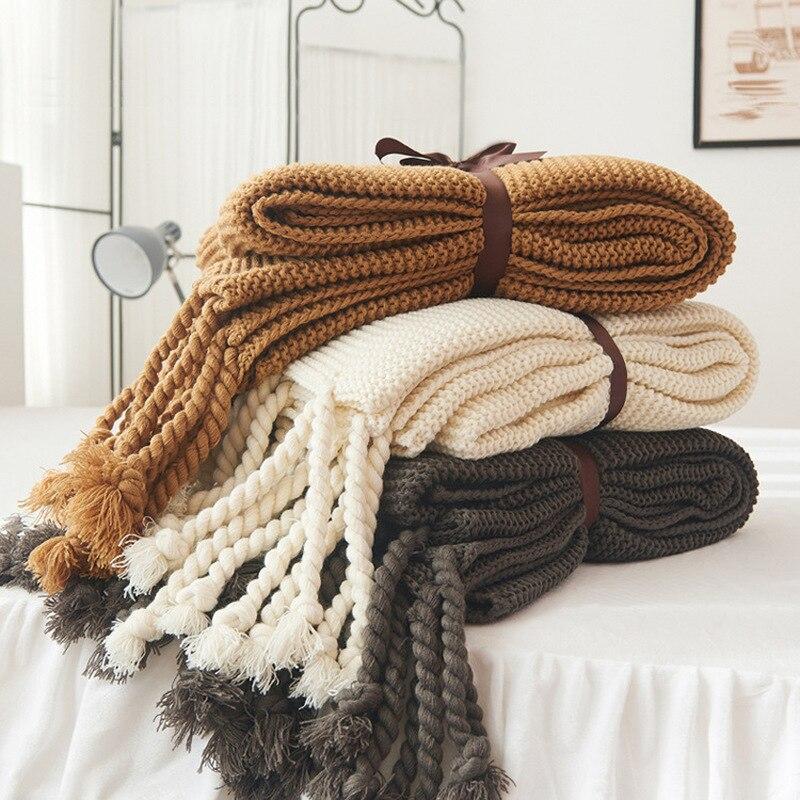 Doux épais ligne géant fil tricoté couverture confort respectueux de la peau avec gland climatisation couverture canapé-lit Textile à la maison