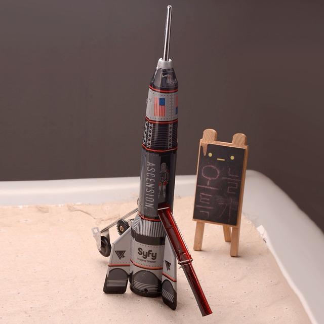 Clásico Space Rocket Juguetes de Cuerda Juguetes de Colección Retro Hojalata Plainting Juguetes de Hojalata