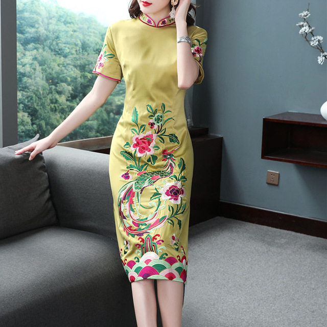 Top Quality New 2019 Summer Dress Party Vintage Women Lux Embroidery Short Sleeve Bodycon Sheath Dress Wine Red Yellow Color