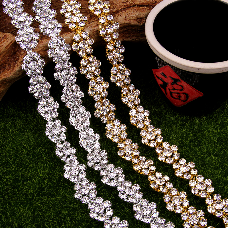 Livraison gratuite 5 mètres cristal strass garniture, strass Applique, Applique de mariage, strass chaîne MALI060-in Strass from Maison & Animalerie    1