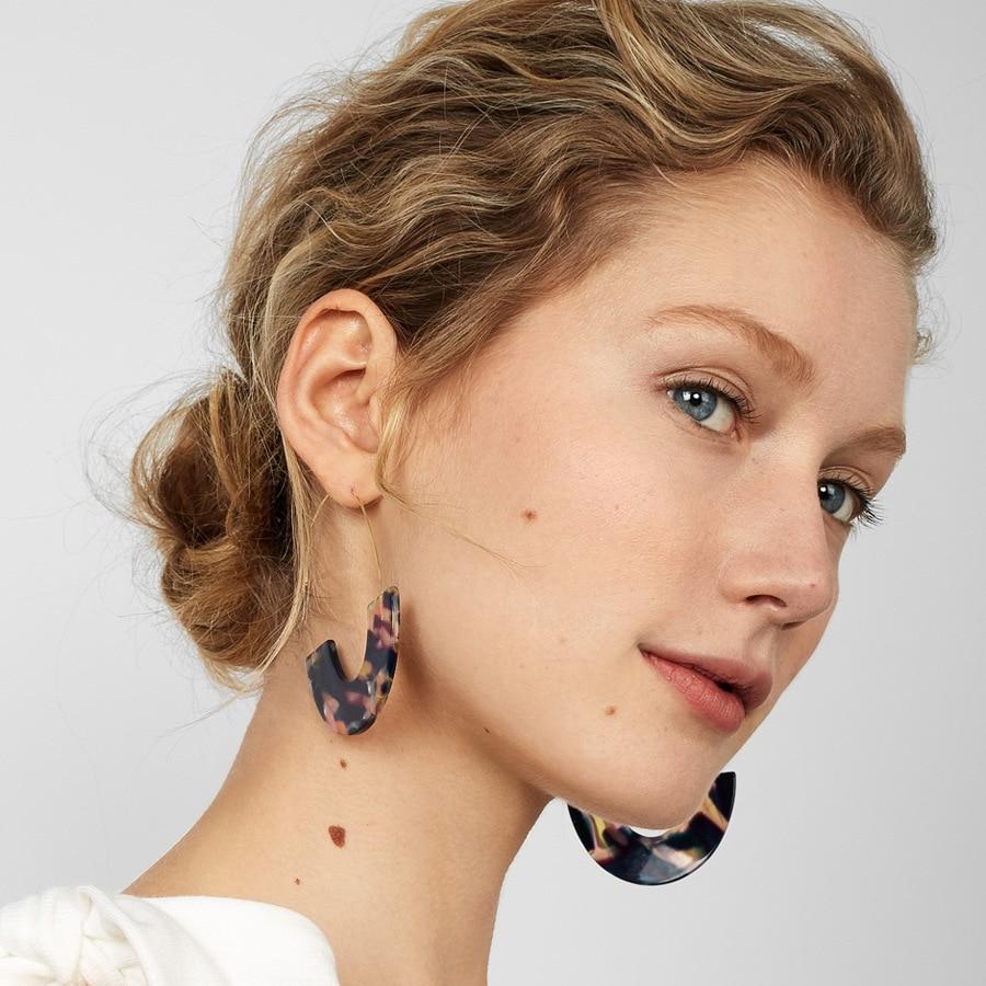 wing yuk tak Leopard Print Hoop Earrings 2018 Unique Design Fashion Charm Jewelry Vintage Acrylic Earrings Women's