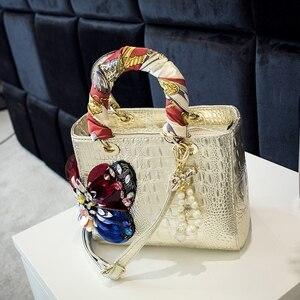 Image 3 - 2020 Luxury Fashion Diamonds Womens Handbags Shoulder Messenger Bag Crocodile Pattern Crossbody Bags Drill Rhinestone Butterfly