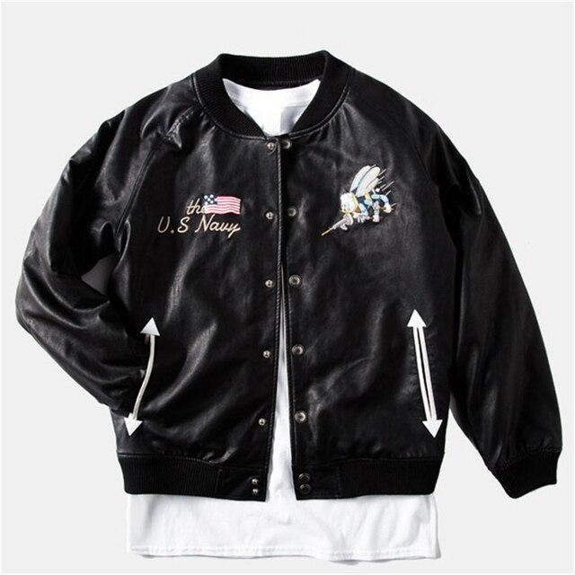 Марка Вышивка Пчелы ПУ Мужчины Черные Куртки Новая Искусственная Кожа Человек Бейсбол Пальто Подросток Мода Военной Силы И Пиджаки M-XXL
