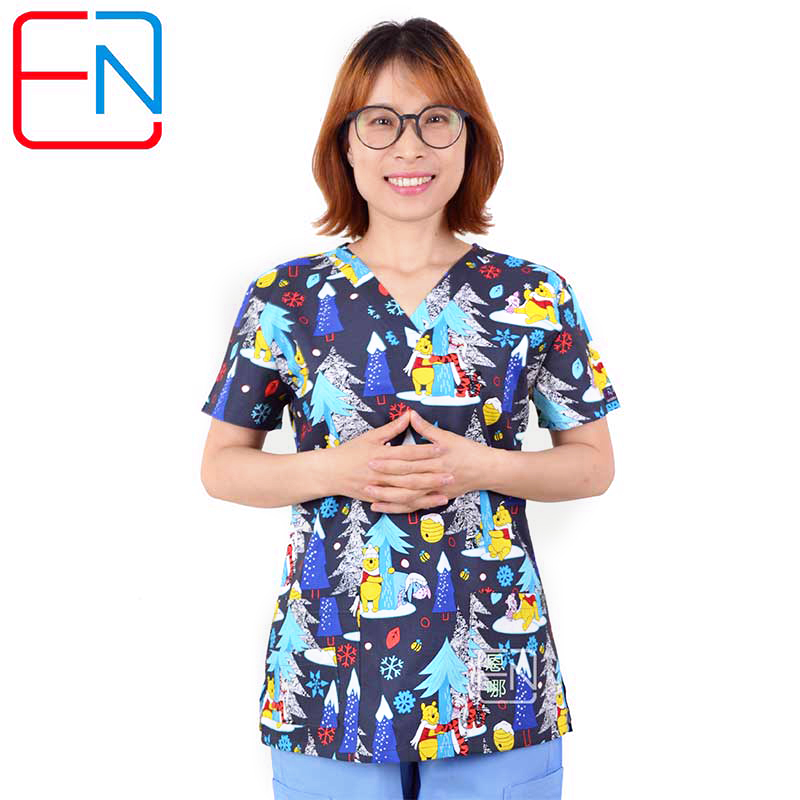 Hennar Women Scrub Tops Medical Clothing 100% Cotton For Nurse Doctor   Uniforms Print  Women Medical Uniform Christmas Design