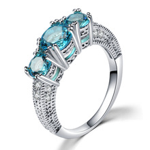 Fashion Rings for Women Female Anel Com Pedra Grande Casamento Silver Ring with Blue Stones Crystal Jewelry Micro Pave Ring Band