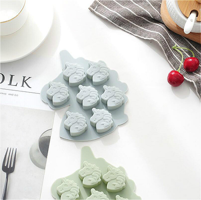 2pcs Creative Unicorn 7 Grid Pony Silica Gel Cake Mold DIY Chocolate Mold Silica Gel Kitchen Fool Baking Tool Dessert Funny Cute in Other Kitchen Specialty Tools from Home Garden