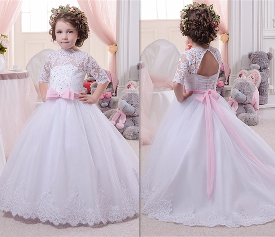 New White Lace Girls Communion Gown Puffy Tulle Beaded Applique Half Sleeve 2018 Flower Girl Dress for Wedding Any SizeNew White Lace Girls Communion Gown Puffy Tulle Beaded Applique Half Sleeve 2018 Flower Girl Dress for Wedding Any Size