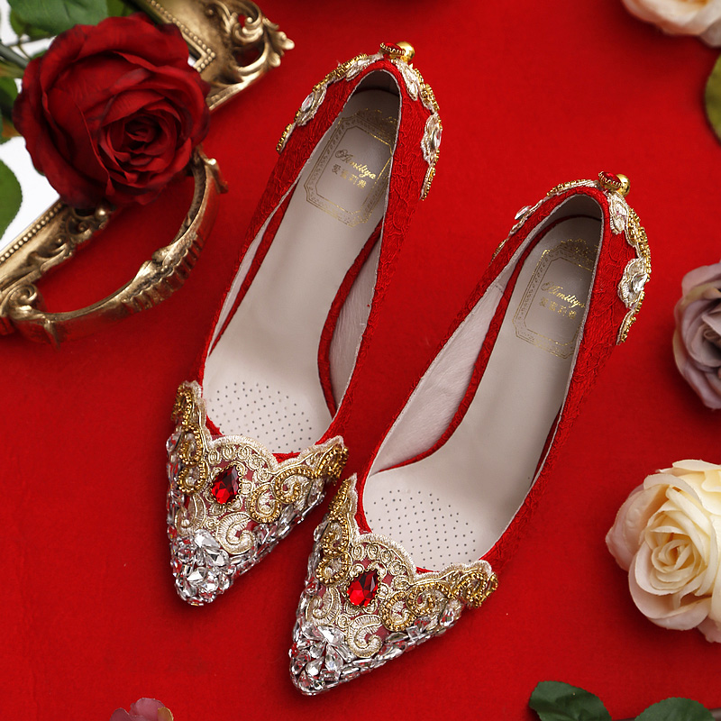 Women Red Lace Wedding Shoes with Gold Metal and Crystals Pointed Toe High Heels Dress Pumps for Bride Bridesmaid Rhinestones