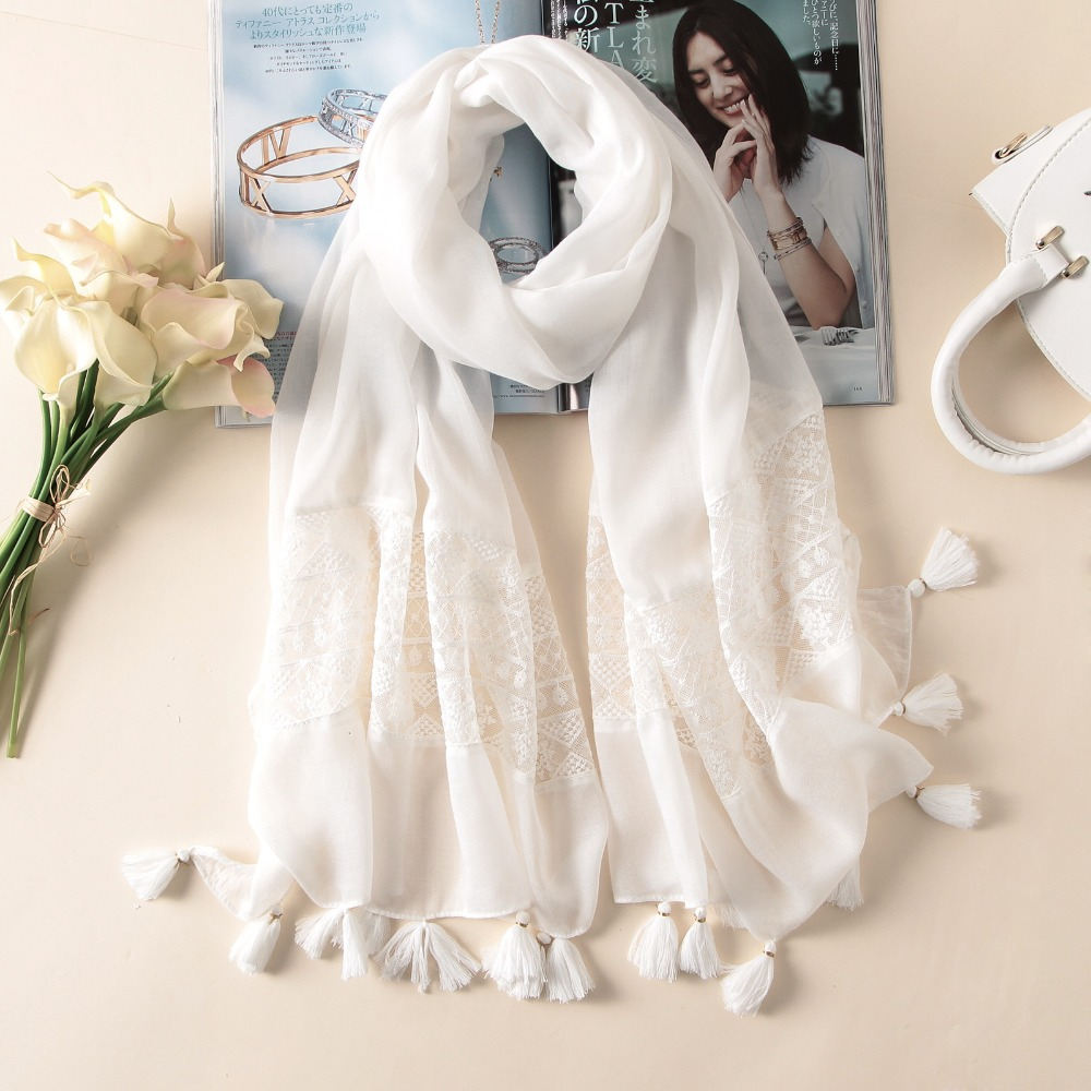 2019 New Fashion White Lace Floral Tassel Viscose Shawl Scarf Luxury Brand Laser Cut Wrap Oversized Pashmina Sjaal Muslim Hijabs