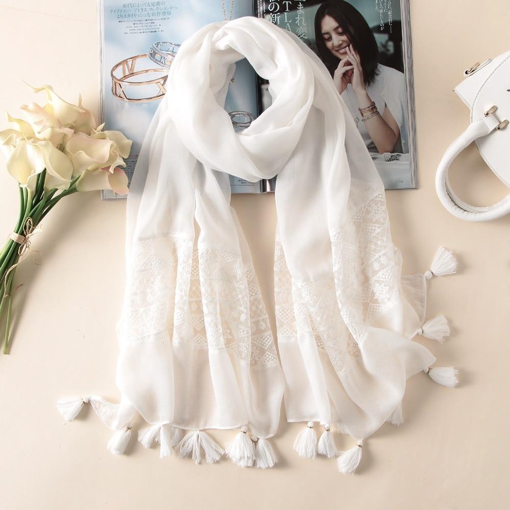 2019 New Fashion White Lace Floral Tassel Viscose Shawl Scarf Luxury Brand Laser Cut Wrap Oversized Pashmina Sjaal Muslim Hijabs