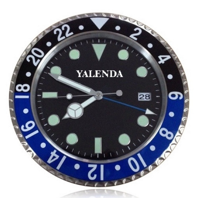 Metal Wall Clock Modern Design High Quality Luxury Yalenda Brand Stainless Steel Luminous Face With Calender