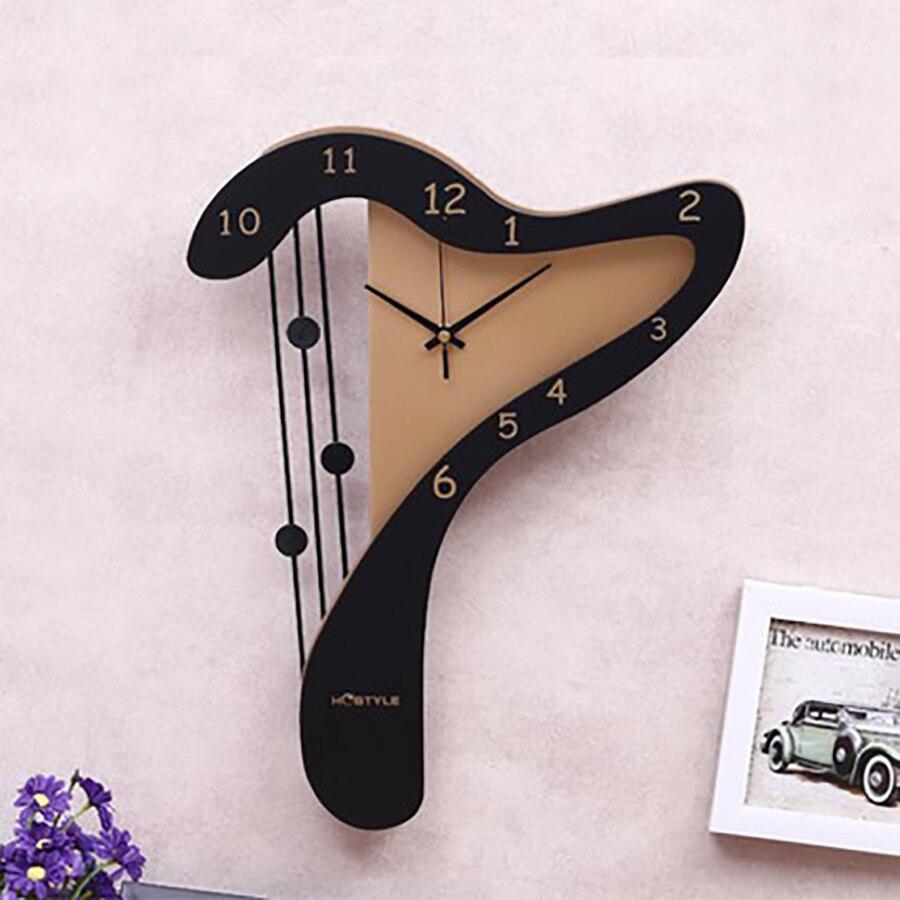 Wall Clock Fashion Creative Living Room Clock Bedroom Decoration Piano Hanging Table Mediterranean Mute Art Quartz Clock 50Q309