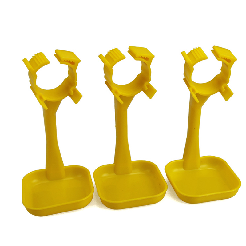 50 Pcs Poultry Feeding Cups Chicken Duck Drinking Haning Cups Yellow Chicken Waterer Drinker Cups Wholesale