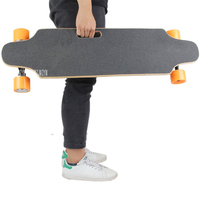 Четыре 4 колеса Электрический скейтборд с дистанционным управлением взрослый скутер дерево Longboard Skate Board 10 км/25 км Mileage10km/25 км пробег