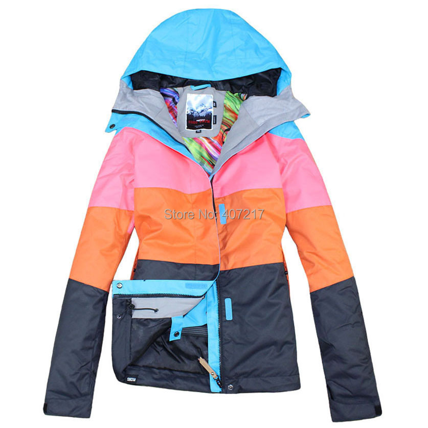 ski jacket characteristics The go outdoors guide to softshell jackets explains how to pick a softshell jacket, what a softshell is, and how to care for a softshell it also helps you decide between types of softshell jacket, so you know before you go.
