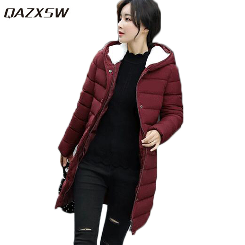 QAZXSW New Winter Coat Women Warm Outwear Long Sleeve Slim Parkas Mujer Invierno 2017 Cotton Coat Women Winter Hooded Coat HB378 qazxsw new women winter cotton jacket with glove hooded cotton coat slim long parkas mujer invierno 2017 warm outwear hb201