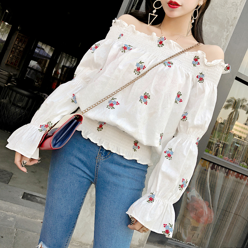 2018 New Spring Women Shirts Flare Sleeve Small Clear Word Shoulder Agaric Blouse Shirt White 2286A