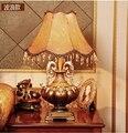 И высокое качество антикварной смолы настольная лампа для современной моды настольная лампа