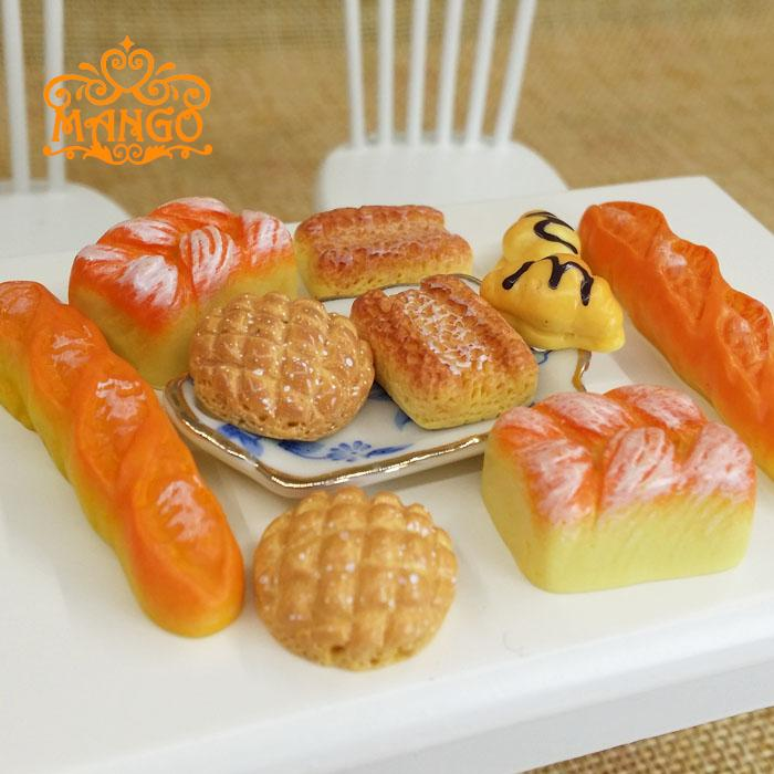 1/12 Dollhouse Miniature re-ment Food model French bread 10PCS Free shipping