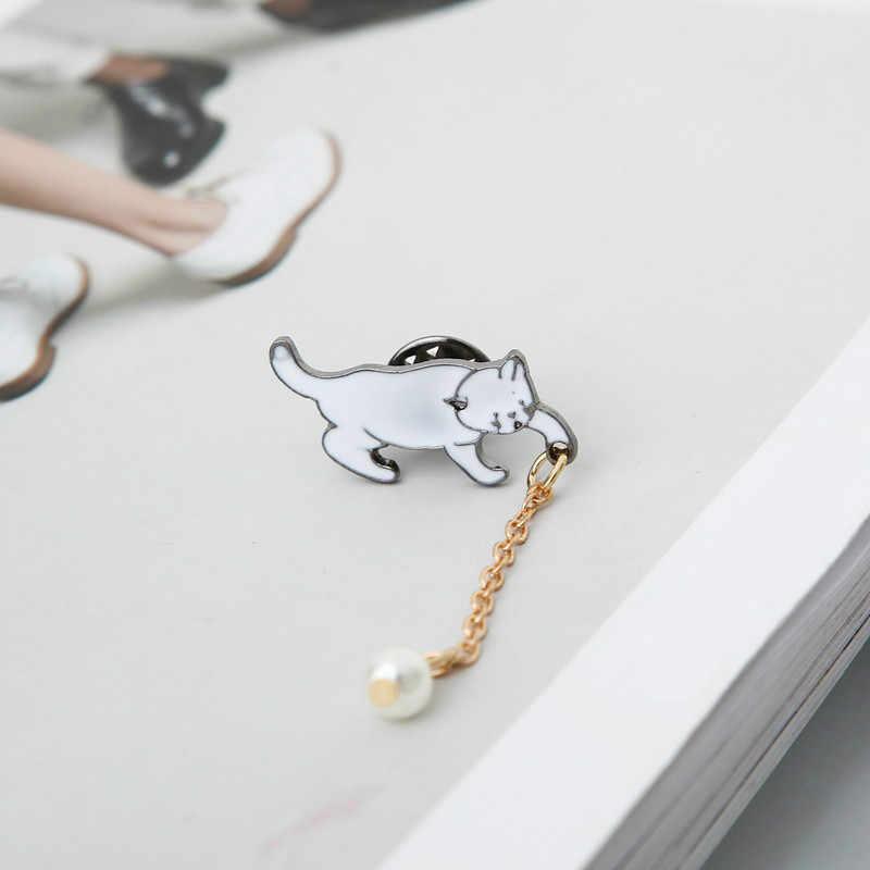 Punk 2018 Fashion Baru Kerah Needle Putih Anak Kucing Lucu Bros Mutiara Penjualan Grosir Bros untuk Wanita Emaille Pin Abeille