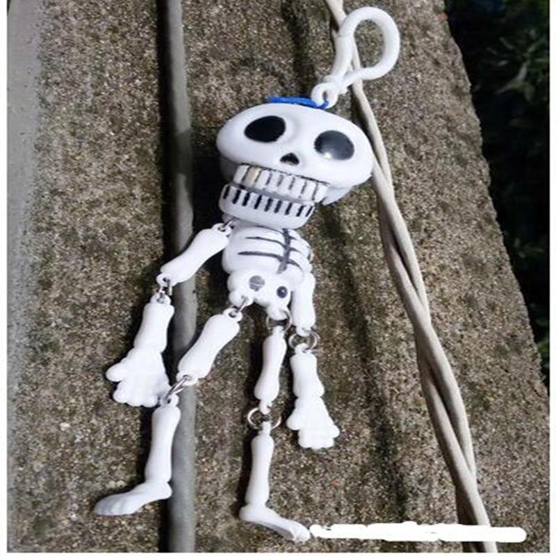 2018 HOT 1 piece / lot skeleton plastik mainan horor liontin lucu - Mainan lucu - Foto 1