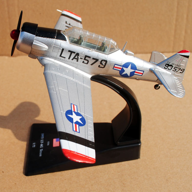 AMER 1/72 Scale Airplane Model Toys USA 1953 LT-6G Texan Fighter Diecast Metal Plane Model Toy For Gift/Collection/Decoration