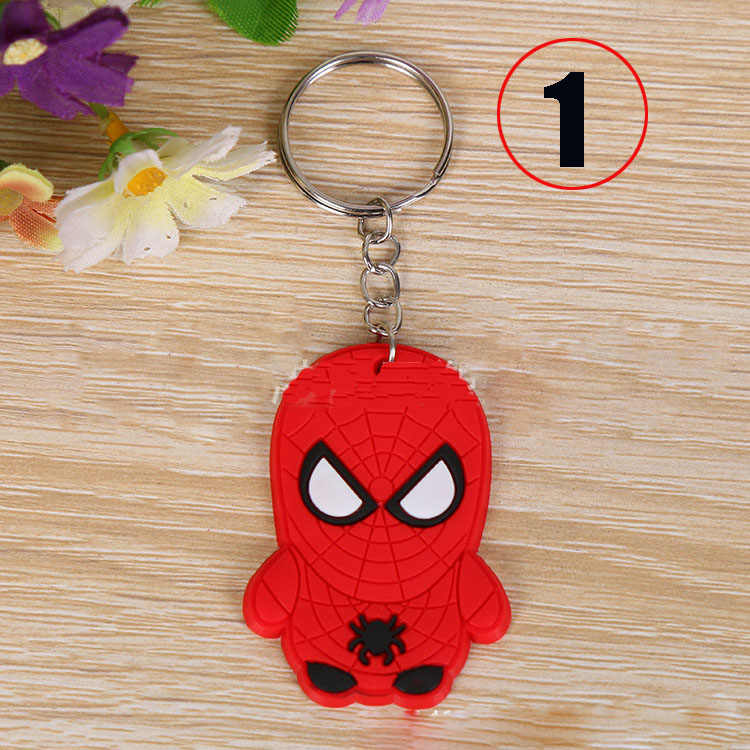 Gran venta de dibujos animados suave encanto Marvel llavero regalo joyería encontrar accesorios Superman hombre araña Batman Capitán América