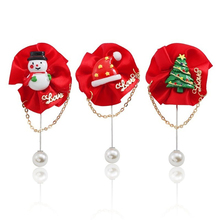 Fashion Red Cloth Flower Christmas Tree Snowman Christmas Hat Brooch Personality Tassel Pearl Metal Brooch Men And Women Jewelry rhinestones christmas hat brooch