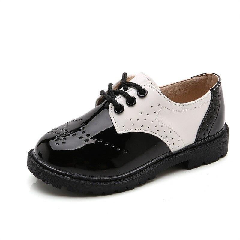 Schlussverkauf Kinder Schuhe 2017 Frühling Herbst Neue Jungen Performance Schuhe Schwarz Und Weiß Kleinkind Mädchen Lackleder Oxford Baby Kleid Schuhe