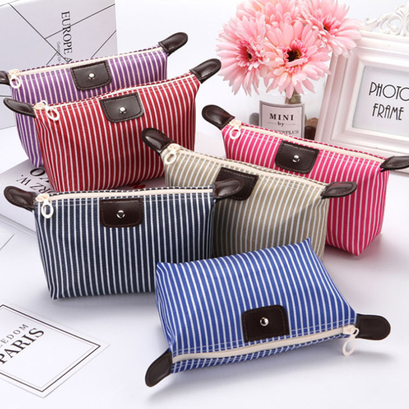 Купить с кэшбэком Makeup Bags Cosmetics Pouchs Travel toiletry bag Ladies  Women Cosmetic Bags Female Zipper Portable Fashion Make Up bag