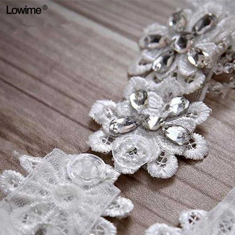 Купить с кэшбэком White Beading Crystals Bolero Appliques Wedding Wrap Wedding Bolero Made in China Wedding Accessories Evening Dress Bolero Shawl