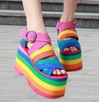 Новые летние цветные Римские сандалии 2017, женская обувь ремешок Высокие каблуки клинья Туфли под платье женщина Рим Стиль Босоножки на плат