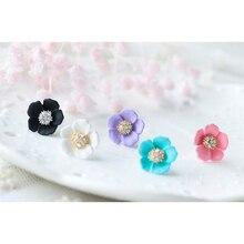 Flower Stud Earrings For Women 2017 New Spring Korean Fashion Cute Flowers Design Jewelry Ear Studs Female rhinestone