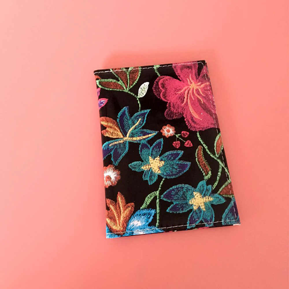 Creative Passport Covers PU Leather Flower Pattern Credit Card Holder Travelling Case For Men Or Women