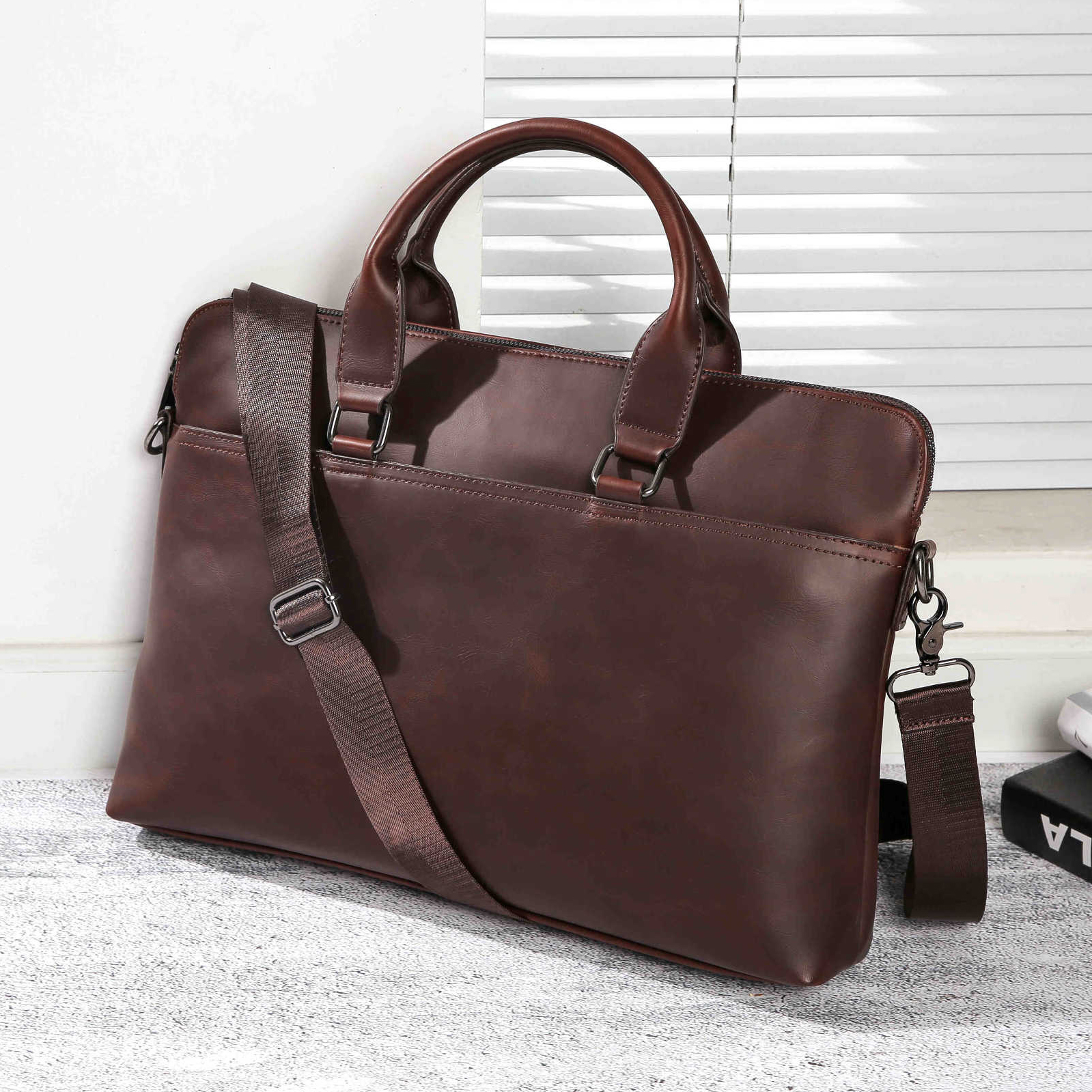 New Crazy Horse PU Leather Bag Men's Business Laptop Briefcases For Men Vintage Leather Office Crossbody Bags 15.6 Laptop