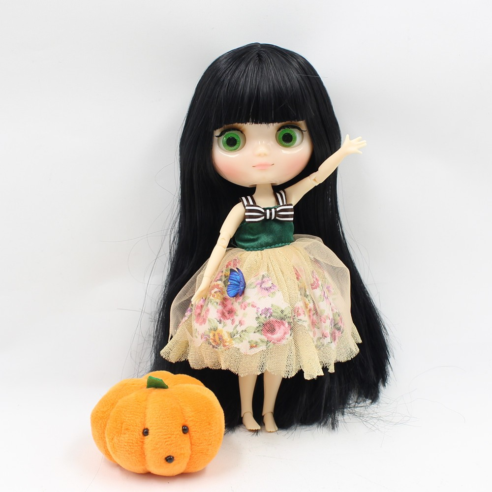 Middie Blythe Doll Jointed Body Black Hair 20cm 3