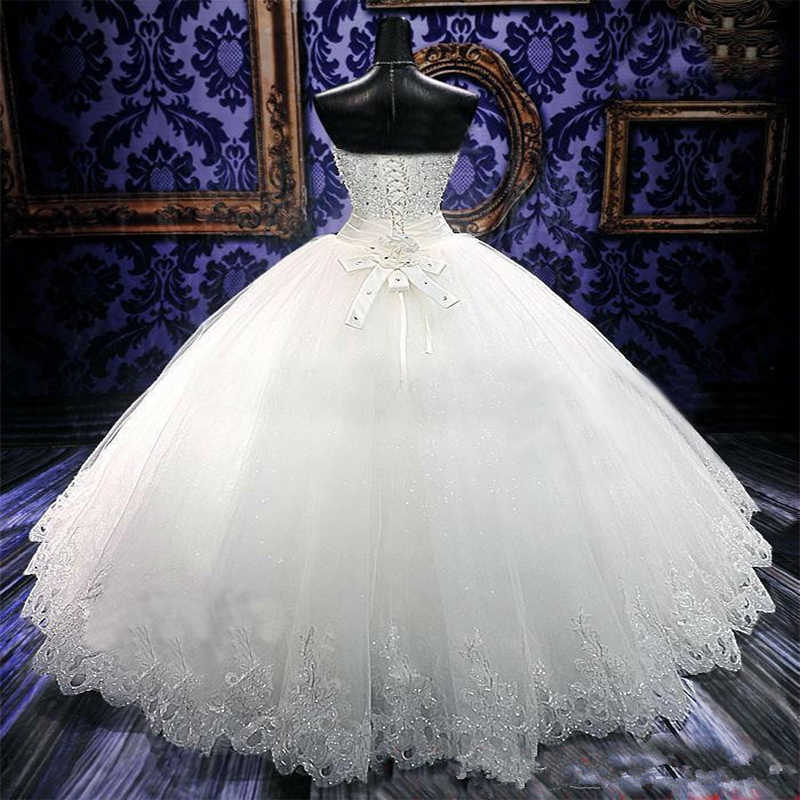 זול 2016 חרוזים רכבת לטאטא חתונה עם גבישי יוקרה כדור שמלת תחרה עד בחזרה כלה שנהב לבן