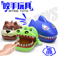 22cm*12.5cm*9.5cm New Strange Those Trick Spoof Toys Creative Cartoon Bite Hand Animal Toys Shark Crocodile Dogs Wacky Props