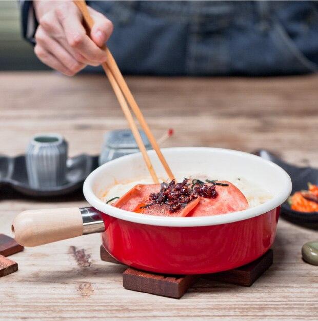 Japanese short wooden hand thickening enamel mini pot milk noodle breakfast baby cooker jam pan electromagnetic oven gas general