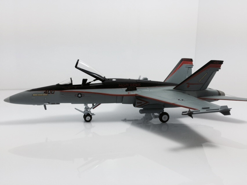 026-010 F/A-18C Witty 1:72, the U.S. Navy VFA-94 Finished Model
