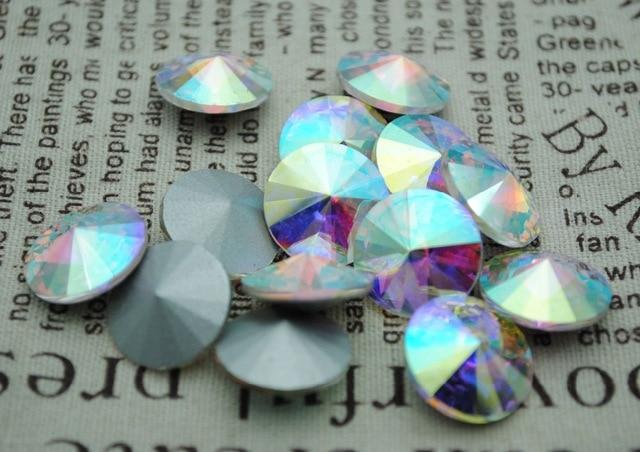 100pcs / παρτίδα Crystal AB Χρώμα 8mm, 10mm, 12mm, 14mm, 16mm, 18mm, 20mm κινεζική Κορυφαία ποιότητας στρογγυλή Fancy Stone Rivoli γυάλινες χάντρες