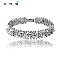 Women Bride Fashion Jewelry White Cubic Zirconia Radiation Shaped Flower Bracelets