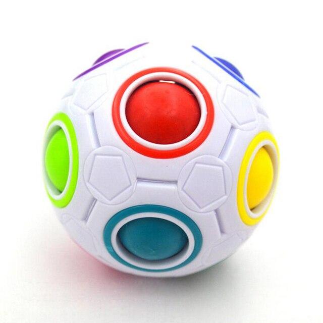 Us 4 99 50 Off Heisse Spharische Zauberwurfel Spielzeug Neuheit Regenbogen Ball Fussball Puzzle Cubes Lernen Lernspielzeug Fur Kinder Kinder In