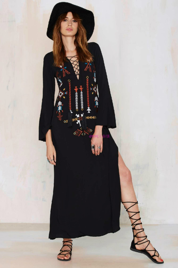 2dea9d06f3 US $57.29   Vintage Ethnic Flower Embroidery Deep V neck Hippie Boho People  Cotton Linen Tunic Loose Long Maxi Dresses 2018 Mexican dress -in Dresses  ...