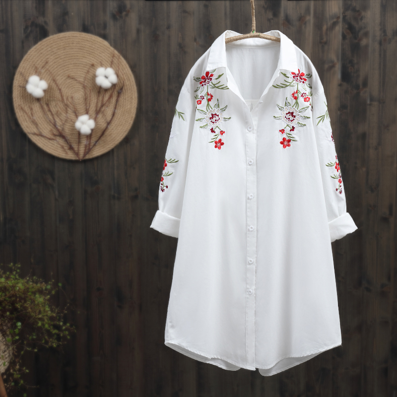 2019 new spring new women long blouse office lady white shirts flower embroidery elegant loose shirts outwear tops