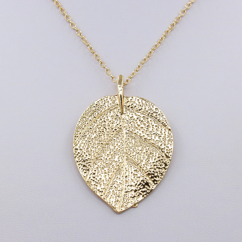 Fashion costume jewelry maxi necklace gold color chain leaf design fashion costume jewelry maxi necklace gold color chain leaf design pendant necklaces pendants for women in pendant necklaces from jewelry accessories on aloadofball Choice Image