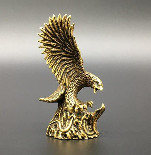 China exquisite brass Eagle and snakes small statue